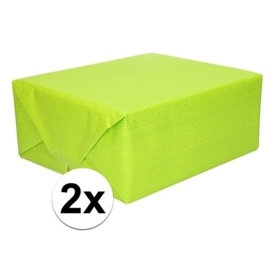 2x Cadeaupapier lime groen 70 x 200 cm kraftpapier